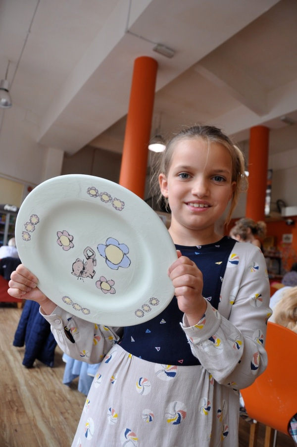 Iz-Stella_mccartney_Kids_pottery_plate