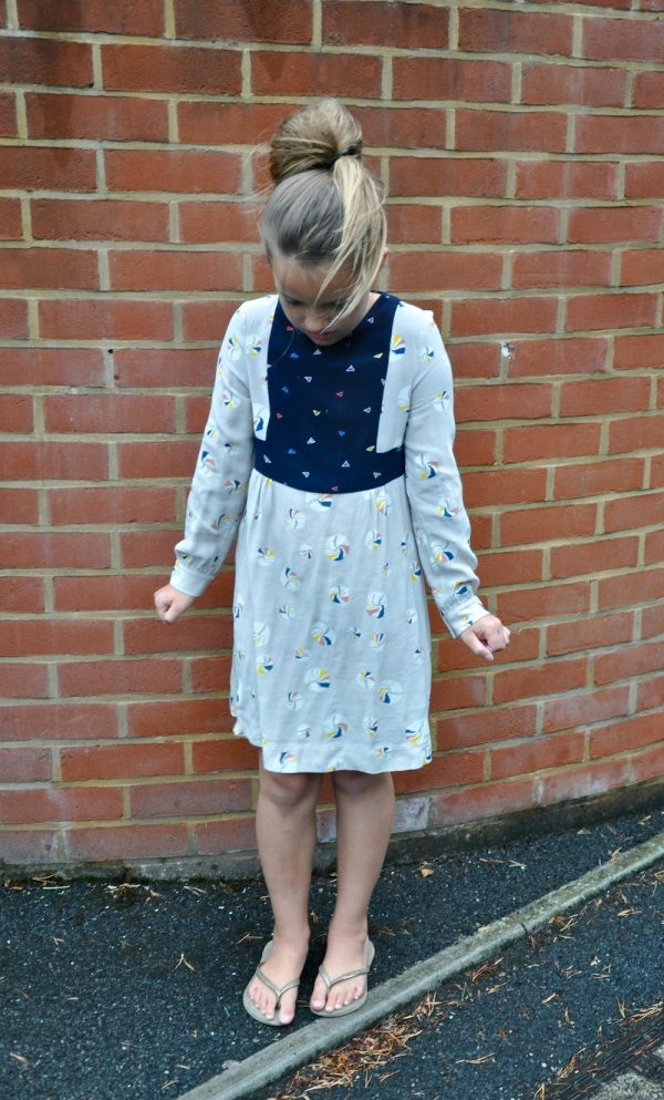 Stella_mccartney_kids_dress_rain